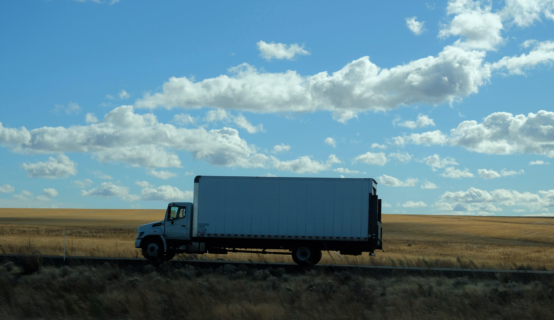 Cómo proteger tu carga y conductor en el camino